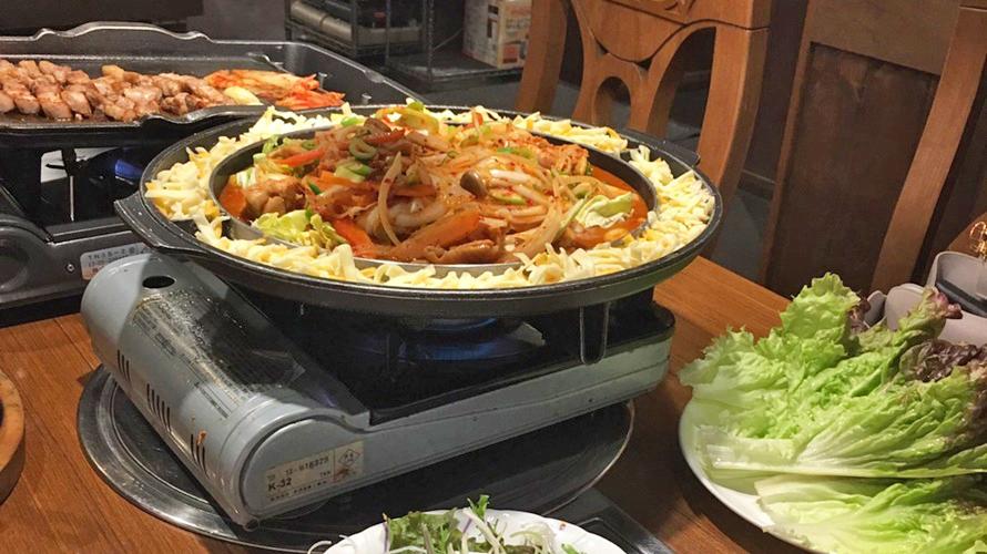 韓国料理を食べに行ってきました!!