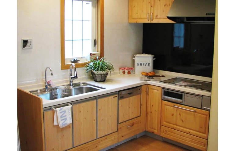 使いやすいL型キッチン
