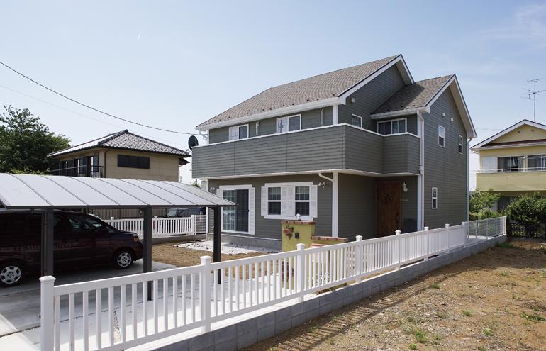 アメリカンスタイルを再現したナチュラル住宅