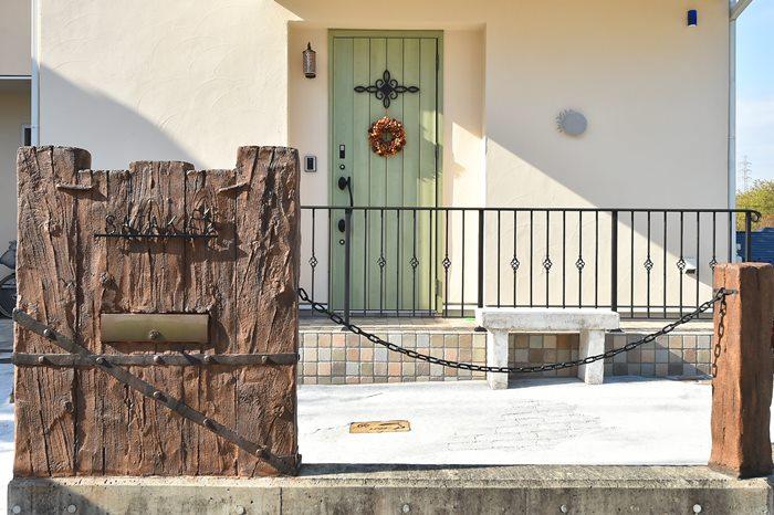 南欧の雰囲気漂うかわいい家